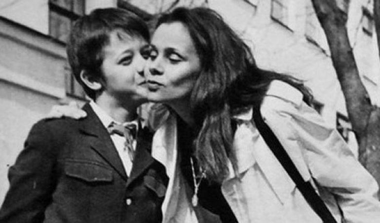 Алексей макаров с мамой