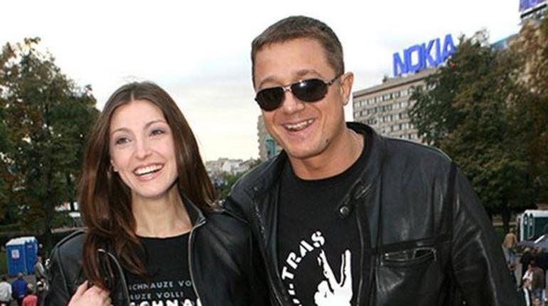 Алексей макаров и Анастасия Макеева.