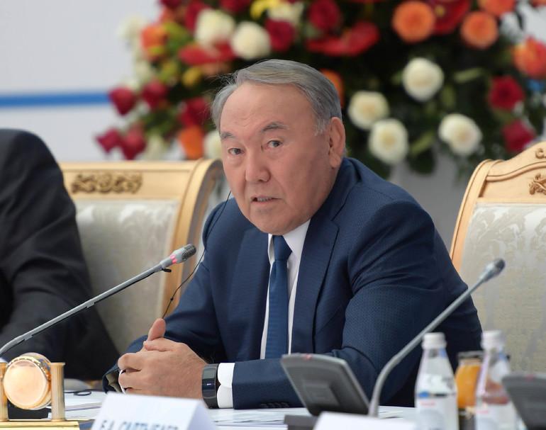 Биография главы Казахстана Назарбаева Нурсултана Абишевича