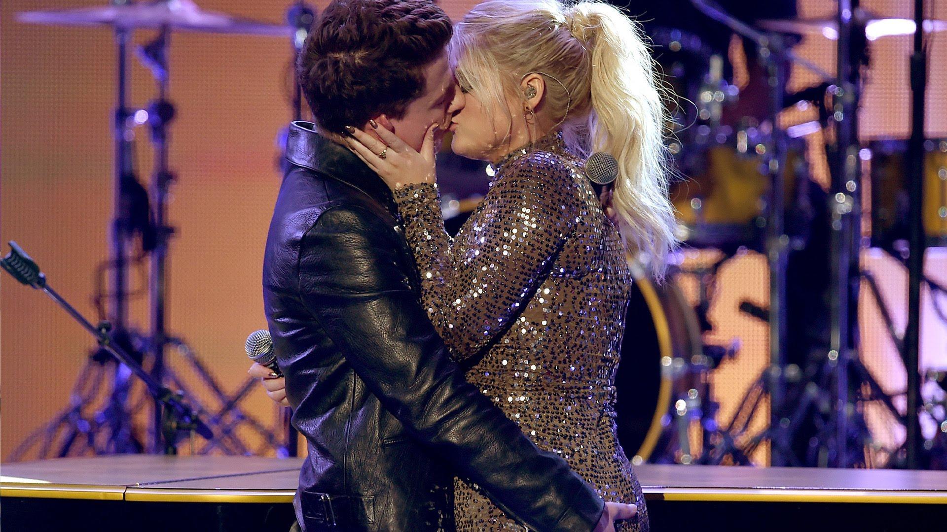 Чарли Пут и Меган Трейнор поцелуй