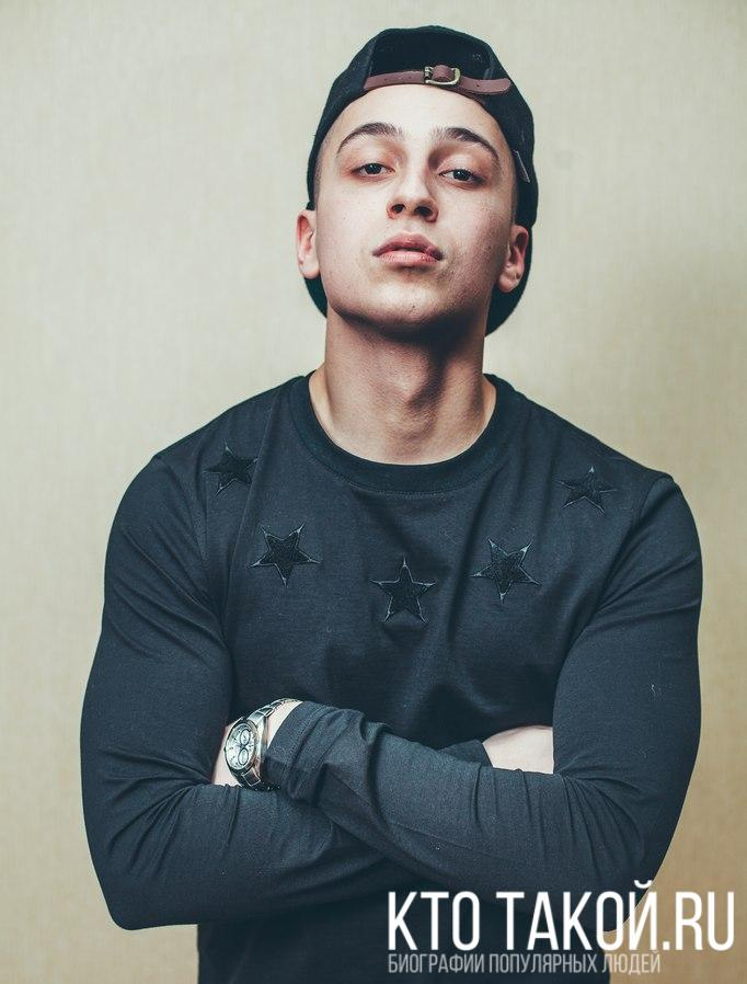 Yanix биография