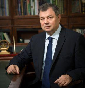Губернатор Артамонов Анатолий Дмитриевич