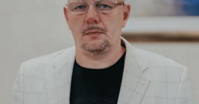 Маковенко Олег Владимирович — биография и трудовая деятельность